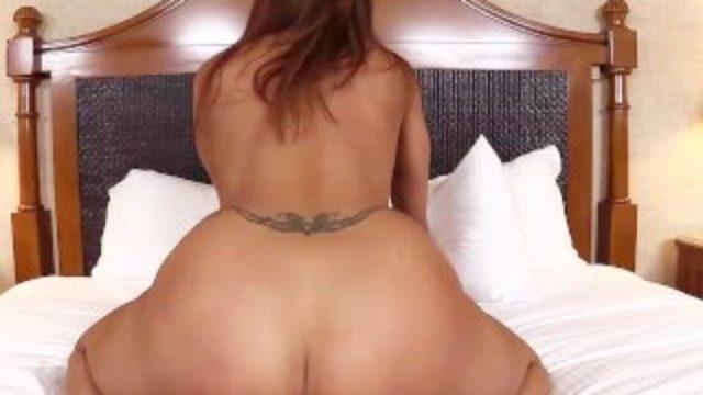 Hot Latina amateur MILF first timer