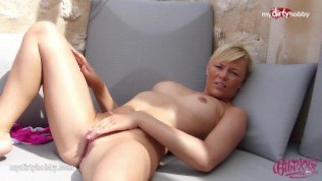 MyDirtyHobby – Hot Blonde masturbating outdoor!