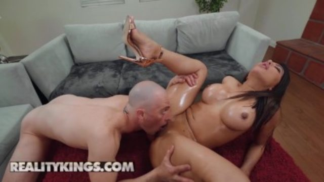 Reality Kings – Monster Curved extra thicc Lela Star